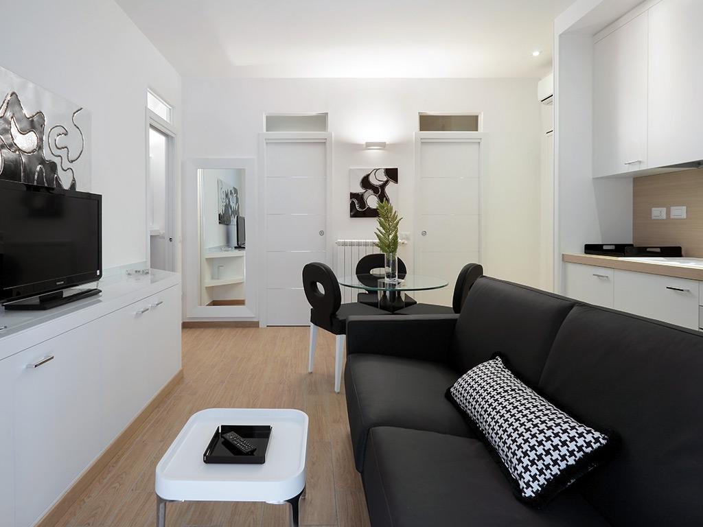 Hotel river firenze appartamenti vacanze a firenze for Appartamenti design firenze
