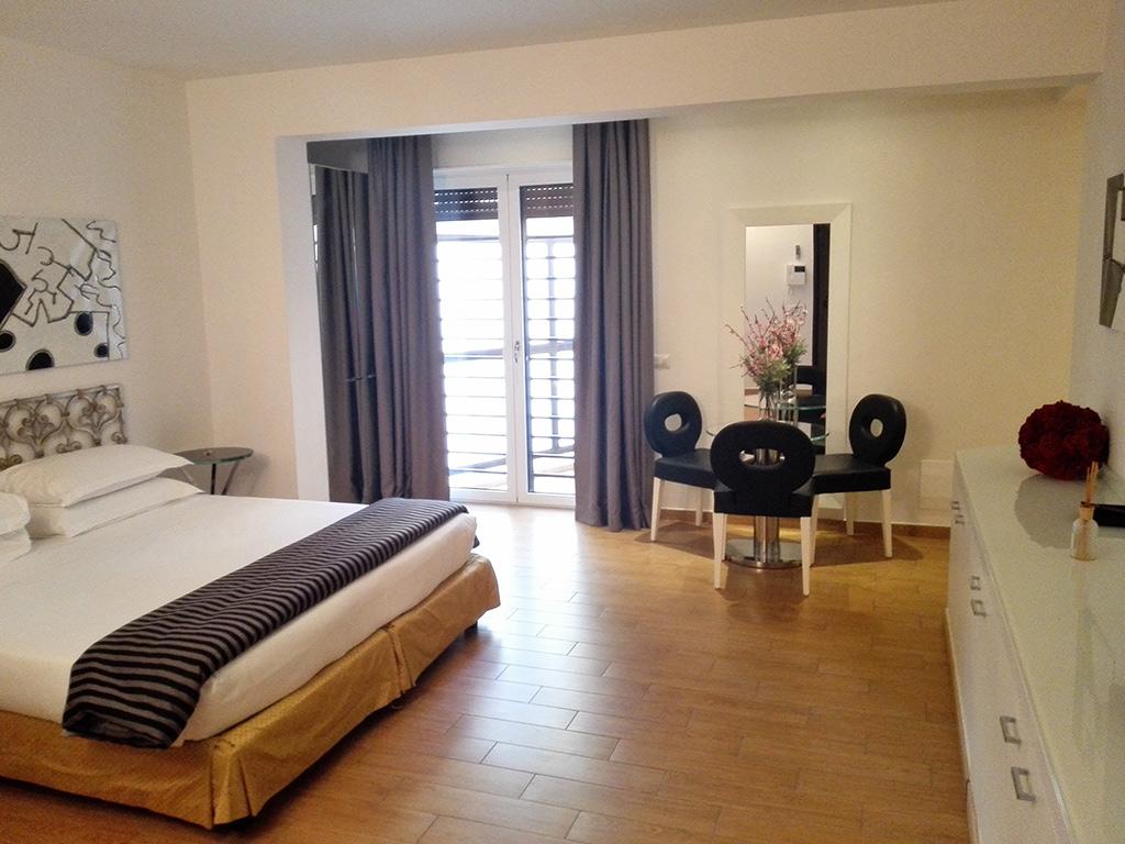 Appartamenti per vacanze a firenze river suites di firenze for Appartamenti design firenze