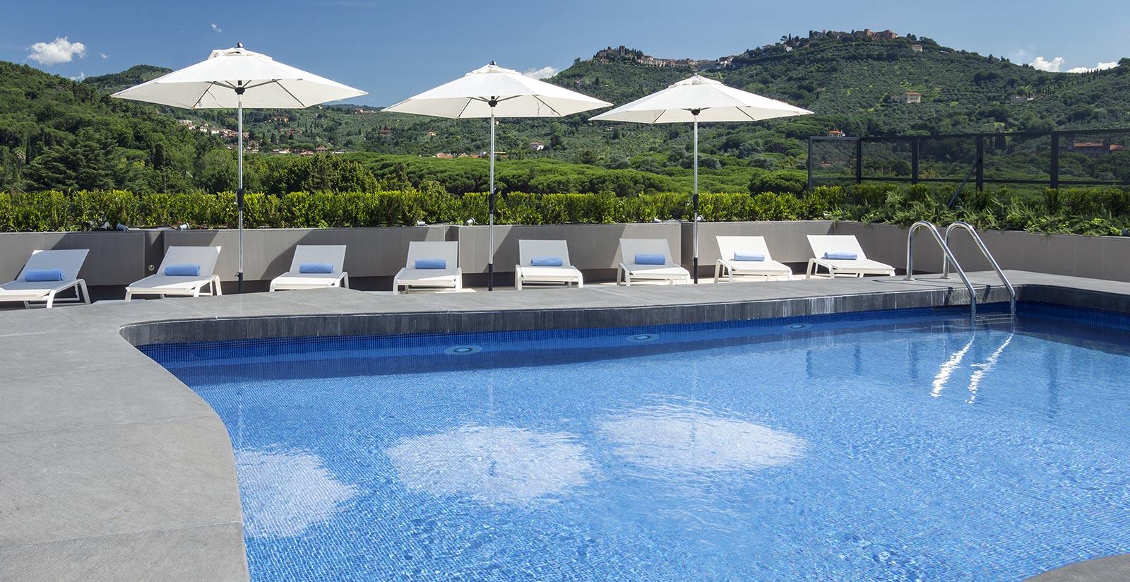 Montecatini palace albergo con piscina a montecatini terme - Piscine termali montecatini ...