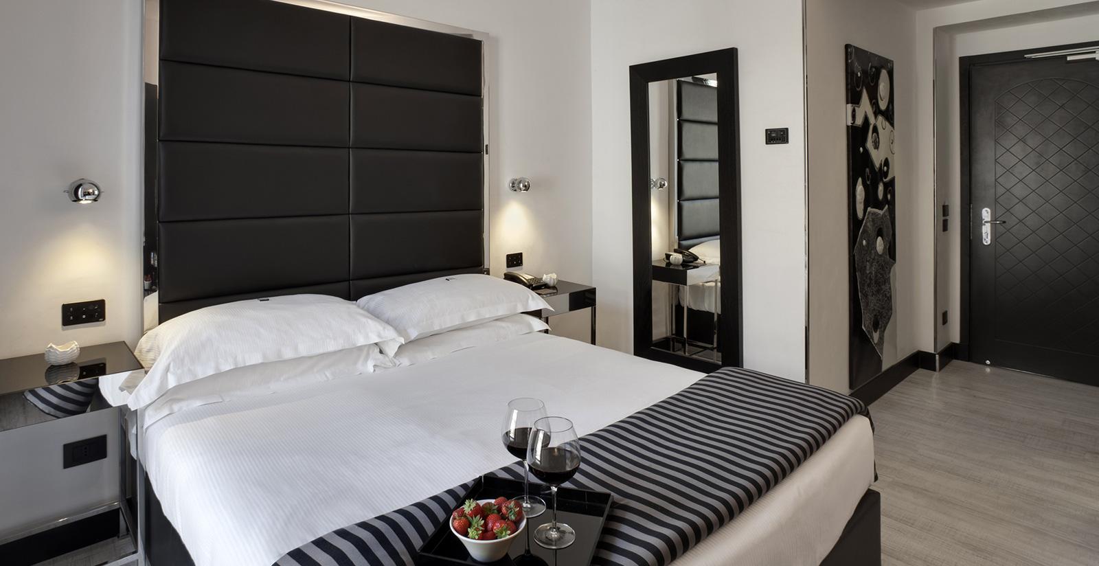 Hotel napoleon milano camere e suite con jacuzzi a milano - Hotel con camere a tema milano ...