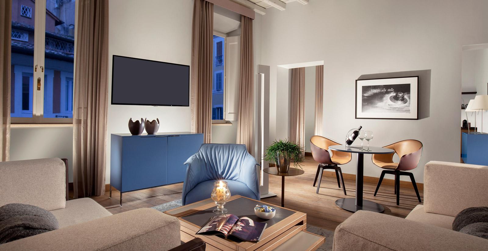 Palazzo scanderbeg case vacanze roma for Nuove case con suite suocera