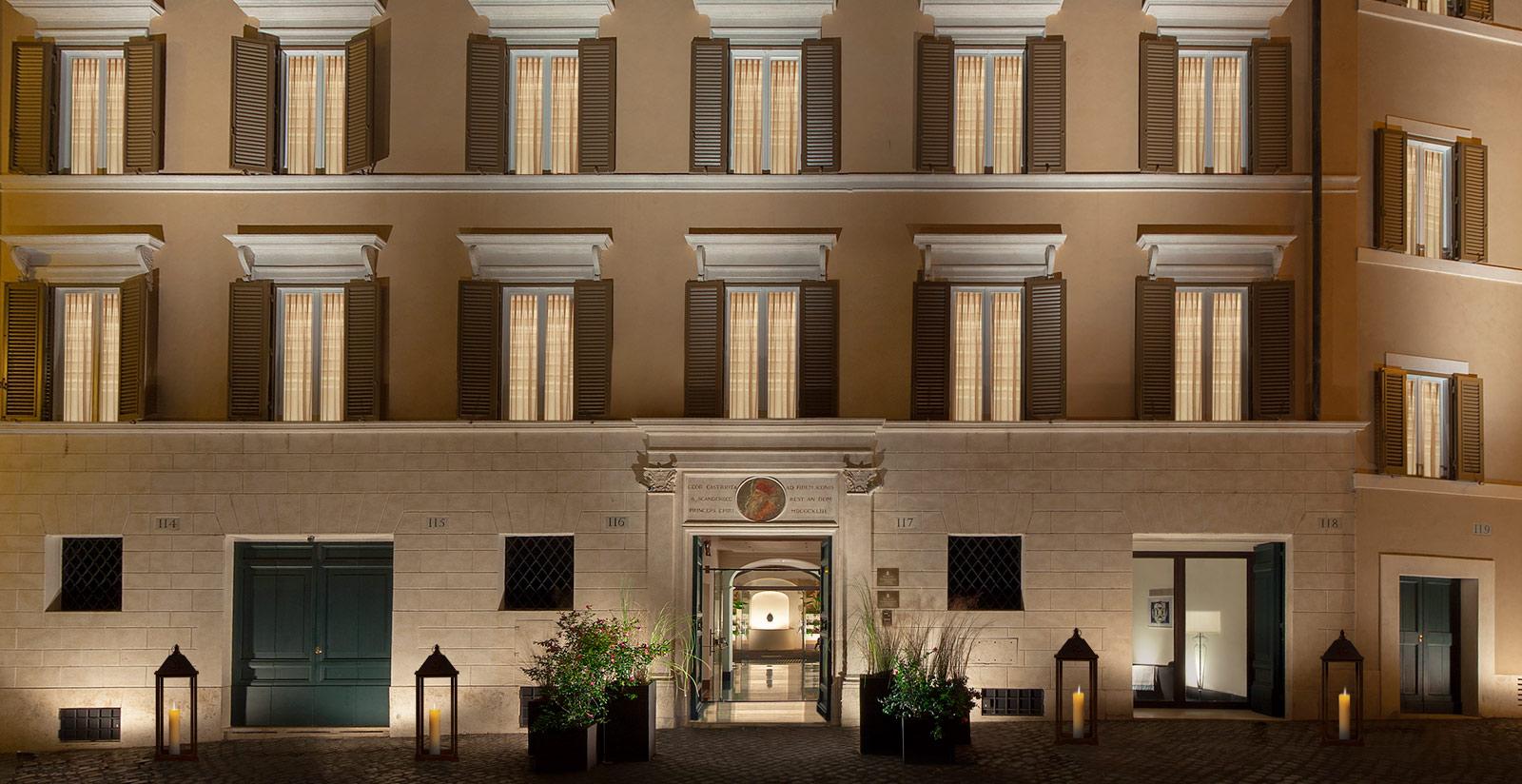 Palazzo scanderbeg appartamenti vacanza roma centro storico for Appartamenti arredati roma