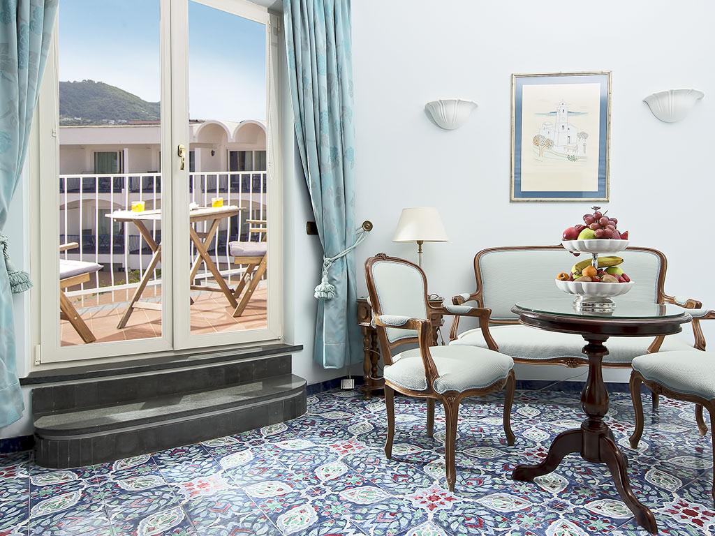 Salle De Bain Avec 2 Entrees punta molino - tower grand suite - hôtel ischia 5 etoiles port