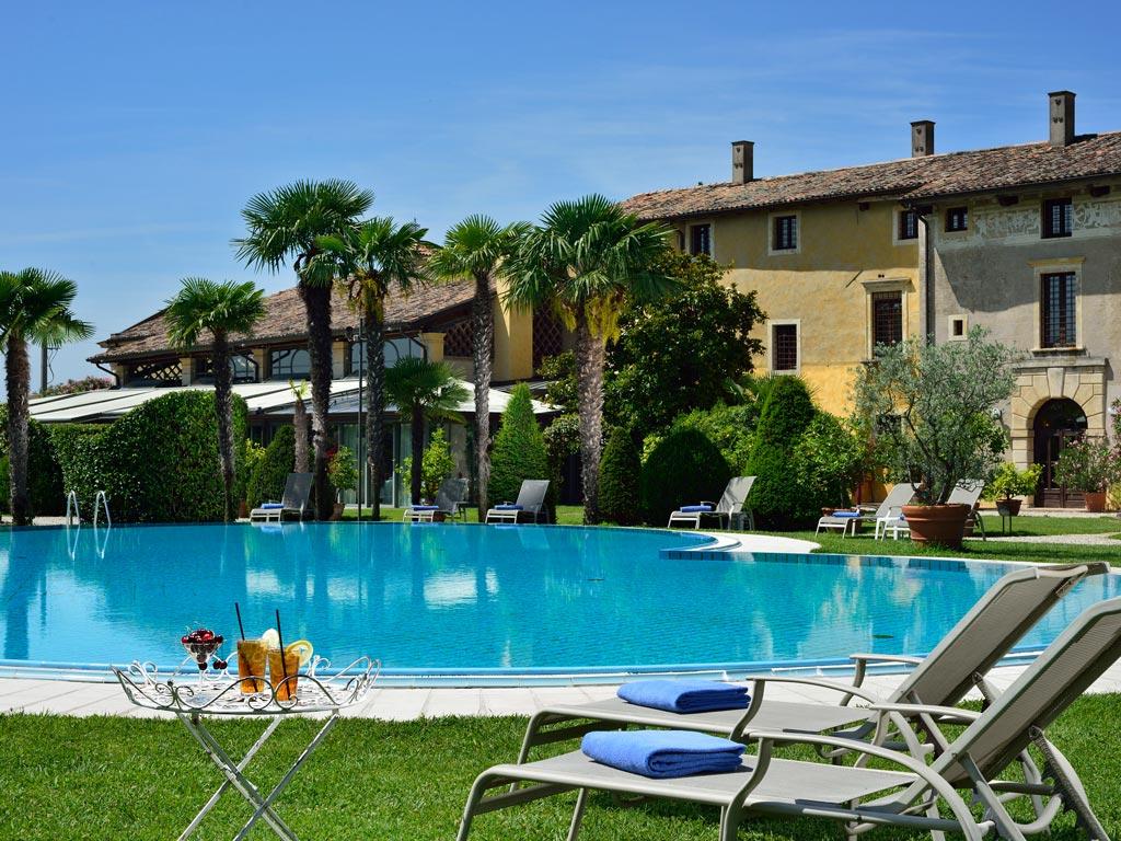 Villa del quar luxury hotel in verona nerohotels - Hotels in verona with swimming pool ...