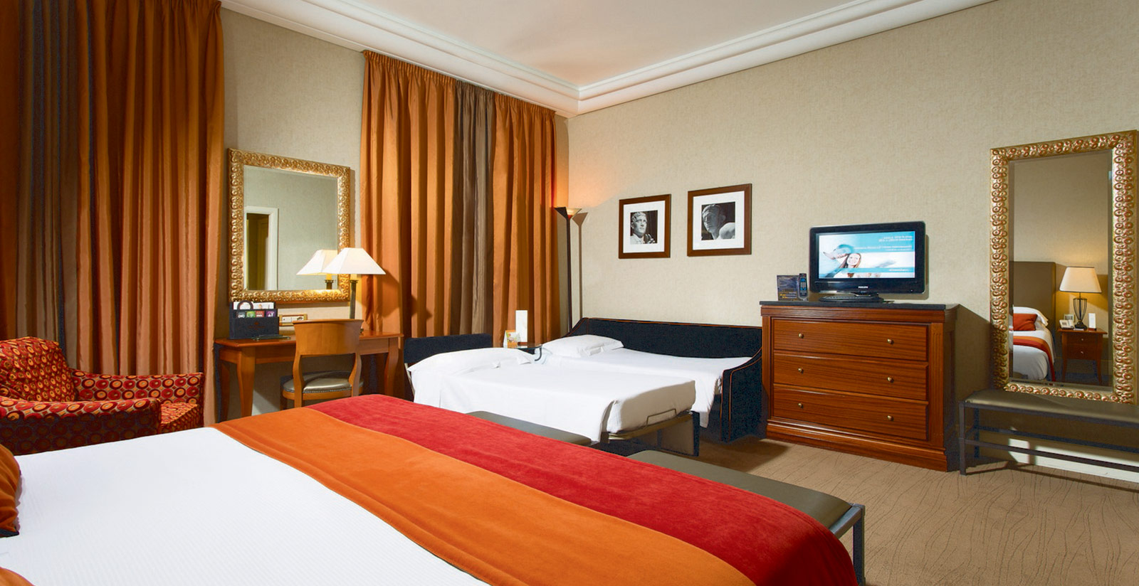 Mellini Hotel Family Accommodation In Rome Book Now A