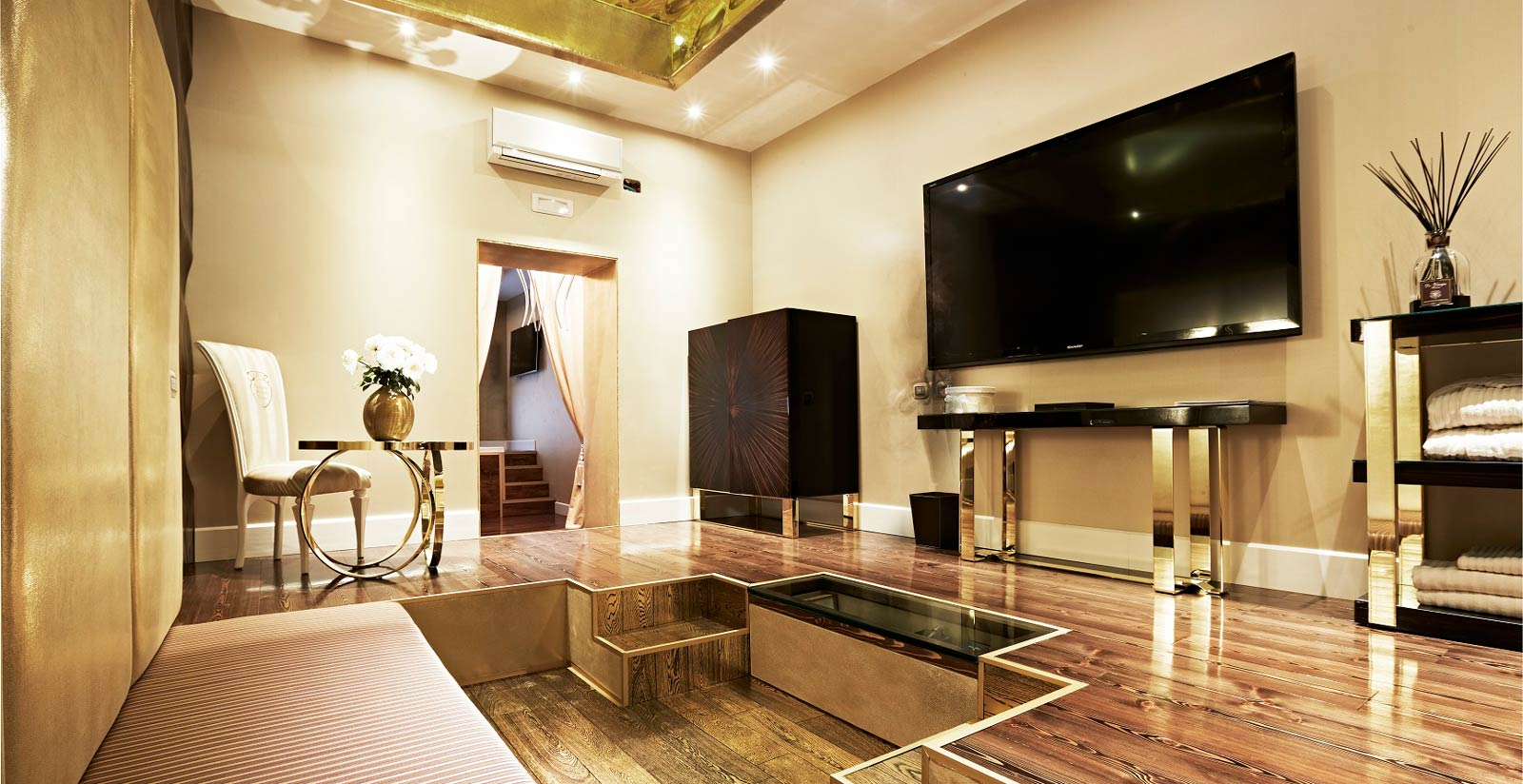 Book At Spagna Royal Suite In Rome Via The Official Website