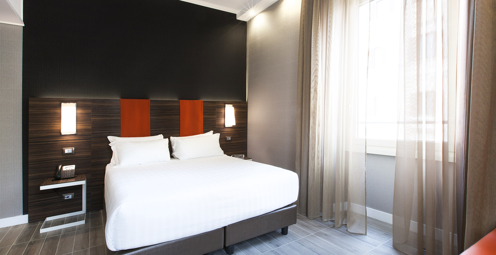 Hotel with Family Rooms Rome