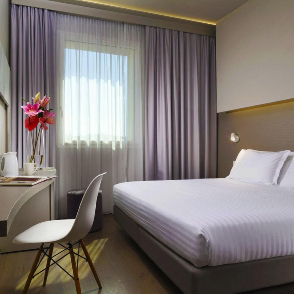Camera Matrimoniale Per Uso Singolo.Scegli La Camera Doppia Uso Singola E Visita Firenze Con Glance Hotel