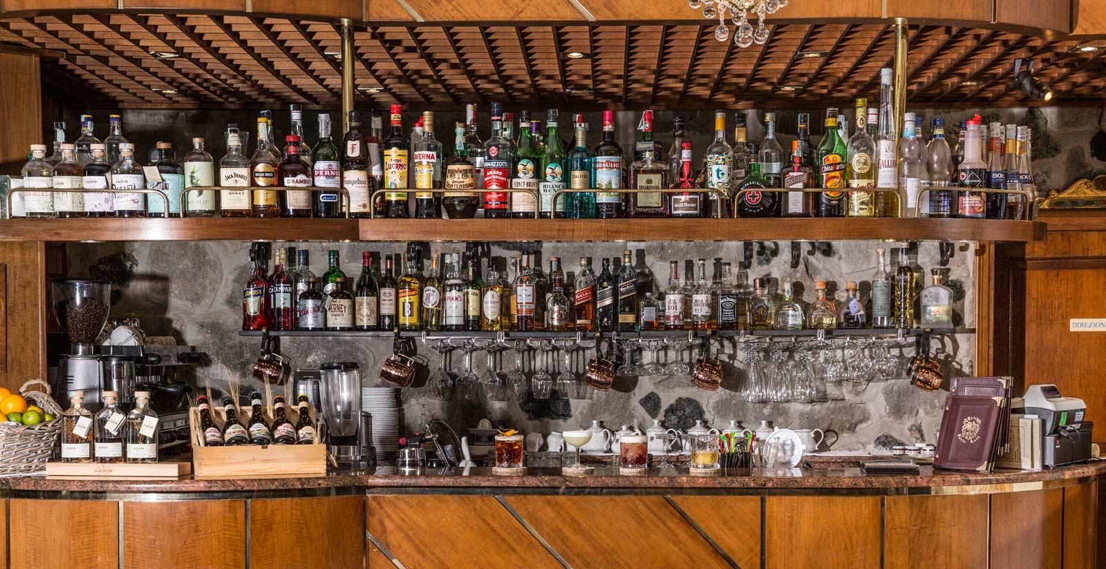 Discover The Bars Of Hotel Porto Roca 4 Star Hotel In